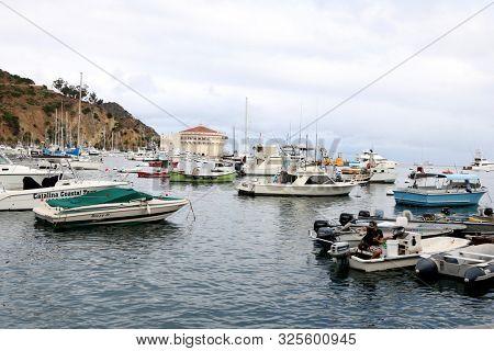LOS ANGELES - SEP 28:  Catalina Harbor with Casino at the 2019 Catalina Film Festival - Saturday at the Catalina Bay on September 28, 2019 in Avalon, CA