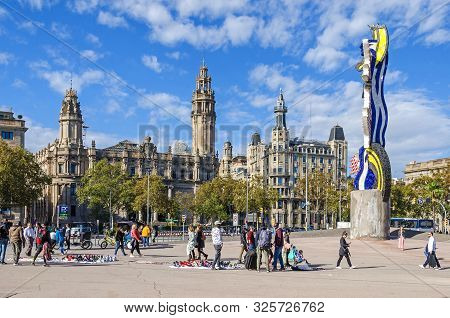 Barcelona, Spain - November 10, 2018: Plaza Antonio Lopez With The Central Post Office To The Left,