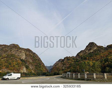 European Route E81 In In Cozia Gorge Made By Olt River In Carpathian Mountains, Romania Near Turnu D