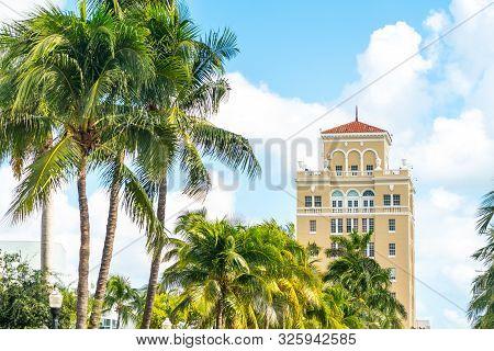 Building Of Miami Beach Courthouse On Washington Ave