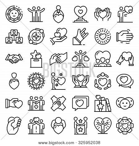 Friendship Icons Set. Outline Set Of Friendship Vector Icons For Web Design Isolated On White Backgr
