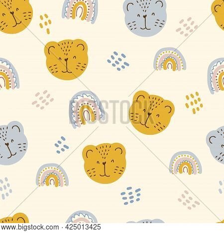 Multi-color Seamless Pattern Of Tiger Muzzles And Rainbows. Design For T-shirt, Textile And Prints.