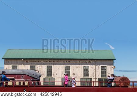 Fort Bragg, California - June 12, 2021: People On The Vintage Platform In Depot Mall And Museum In F