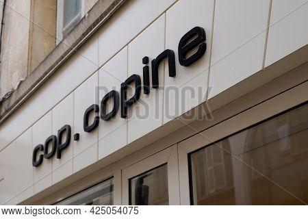 Bordeaux , Aquitaine France  - 06 20 2021 : Cop Copine Clothes Brand Text Store French Shop Front Lo