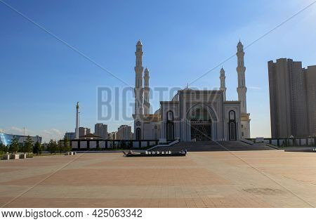 Nur-sultan - Kazakhstan: June 10, 2021: Mosque Hazret Sultan During A Day On The Bright Blue Sky Bac