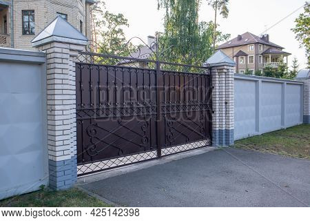 Modern Private Brown Wrought Iron Large Gate Of The House. Home Design And Decoration Ideas. Iron Do