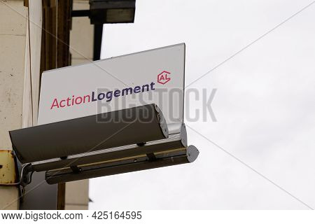 Montpellier , Ocitanie France  - 06 25 2021 : Action Logement Logo Brand And Sign Text Financial Aid