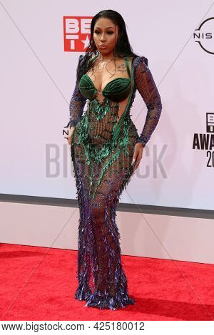 LOS ANGELES - JUN 27:  Yung Miami at the BET Awards 2021 Arrivals at the Microsoft Theater on June 27, 2021 in Los Angeles, CA