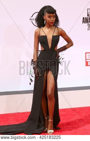 LOS ANGELES - JUN 27:  Ebony Obsidian at the BET Awards 2021 Arrivals at the Microsoft Theater on June 27, 2021 in Los Angeles, CA