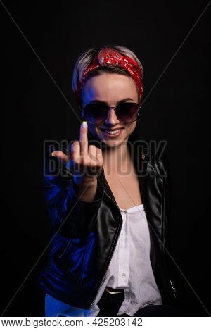 Young Brunette Woman Wearing Casual Summer Shirt Over Pink Isolated Background Showing Middle Finger