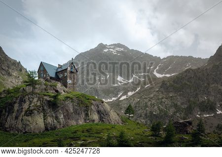 Mountain Shelter Migliorero, In Stura Valley, Piedmont, Between Maritime Alps Park (italy) And Merca