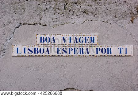 Tiles With Letters