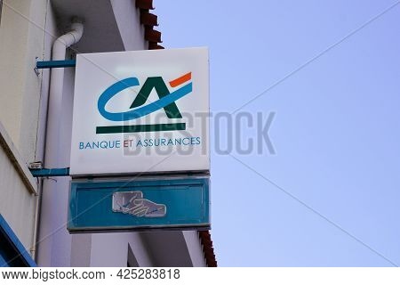 Sète , Ocitanie France  - 06 25 2021 : Ca Credit Agricole Logo Brand And Text Sign Of French Bank Of