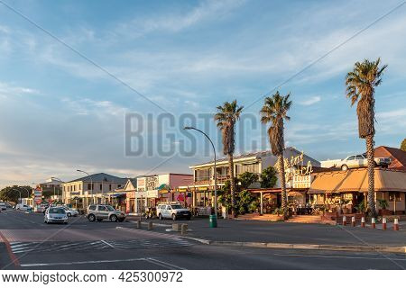 Gordons Bay, South Africa - April 12, 2021: Panoramic Sunset Street Scene In Gordons Bay In The West