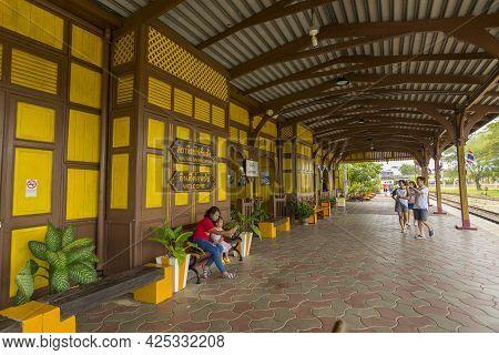 Trang, Thailand - January 1,2019 : People Waiting To Board A Train At Kantang Railway Station In Tra
