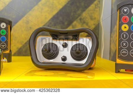 Rugged Wireless Construction Machine Joystick Control Device