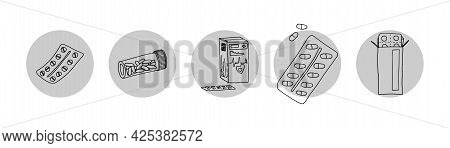 Simple Drawings Medicine Aid To The Injured. Doodle Sketch Image Stock