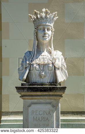 Alba Iulia, Alba, Romania -  May 11, 2021: Statue Of Queen Maria, Marie Of Romania (marie Alexandra