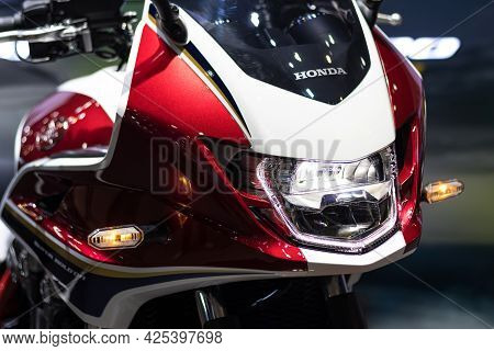Nonthaburi Thailand -dec 9, 2020:-   Detail Parts Of Headlight  Motorcycle Of Honda Motorcycle For A
