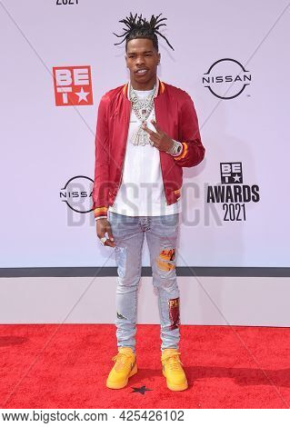 LOS ANGELES - JUN 27:  Lil Baby {Object} arrives for the 2021 BET Awards on June 27, 2021 in Los Angeles, CA