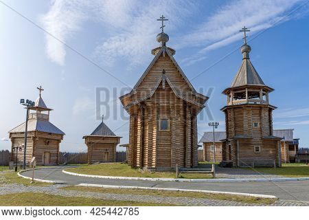 Salehard, Russia - August 29, 2018: Wooden Churches In The Historical And Architectural Complex