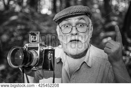 Make Perfect Frame. Manual Settings. Pension Hobby. Experienced Photographer. Old Man Shoot Nature.