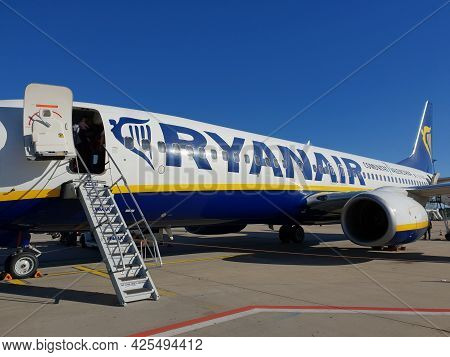 Ryanair Airplane Ready For Boarding - Luxemburg - June 05, 2021