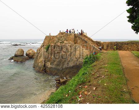 Galle, Sri Lanka - 10 Jan 2011: Vintage Fort In The Center Of Galle, Sri Lanka