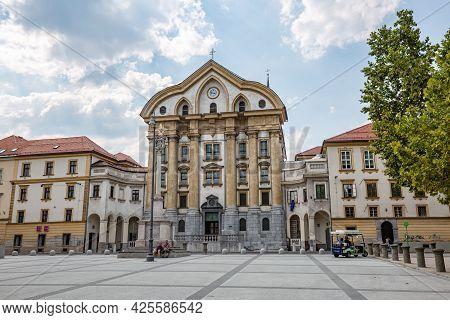 Ljubljana, Slovenia - September, 2018: Cityscape. Ursuline Church Of The Holy Trinity In Ljubljana U