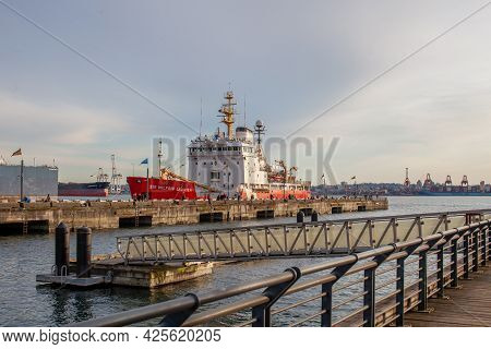 N Vancouver, Bc, Canada - 03-12-2021: The Canadian Navy Icebreaker The Sir Wilfrid Laurier Is Moored