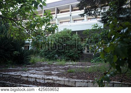 Hotel Abandoned Due To The Pandemic In Bulgaria.