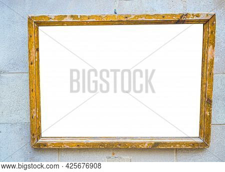Mockup Of Blank Wooden Signage Mounted On The Wall With Empty Space