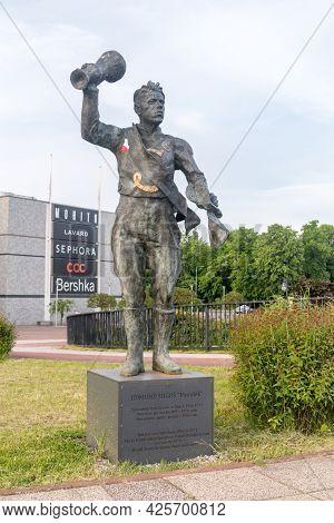 Gorzow Wielkopolski, Poland - June 1, 2021: Edmund Migos Mundek Sculpture. Edmund Migos Was Multiple
