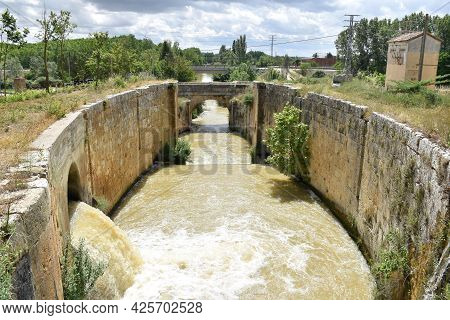 Section Of The Canal De Castilla As It Passes Through The City Of Palencia. It Was Built Between The