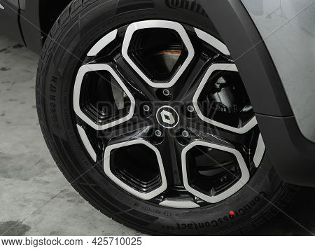 Novosibirsk, Russia - June 29, 2021: Renault Kaptur,  Close Up Of The Car Front Detail With  Light-a