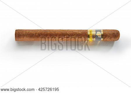 Bangkok, Thailand -august, 2020: Photo Of Cohiba Esplendidos Cigar, Habana Cuba. Cohiba Is A Brand O