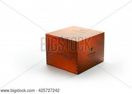 Bangkok, Thailand -july 2020: Photo Of A Box Of Cigars Cohiba, Habana Cuba Robustos .cohiba Is A Bra