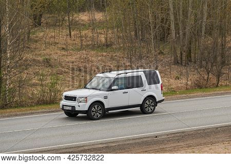 Ruzayevsky District, Mordovia, Russia - May 08, 2021: The Land Rover Discovery 4 On The Intercity Ro