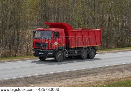Ruzayevsky District, Mordovia, Russia - May 08, 2021: The Dump Truck Maz 6501 On The Intercity Road.