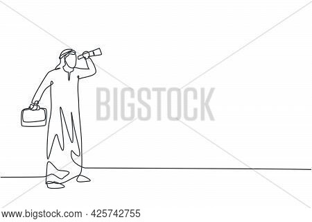 Single Continuous Line Drawing Young Arab Business Man Forecast Market Using Monocular. Professional