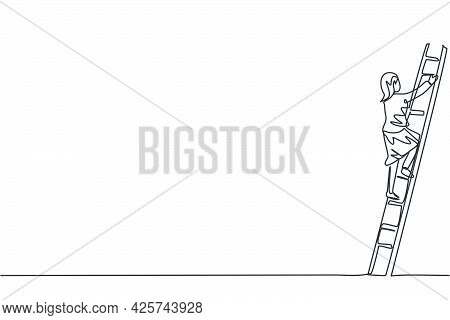 Continuous One Line Drawing Of Young Female Entrepreneur Climb The Ladder Up To Reach Top. Success B