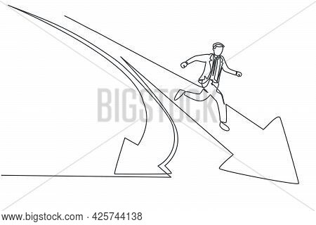 Single Continuous Line Drawing Of Young Business Man Running Into Branch Path Forward Arrow . Profes