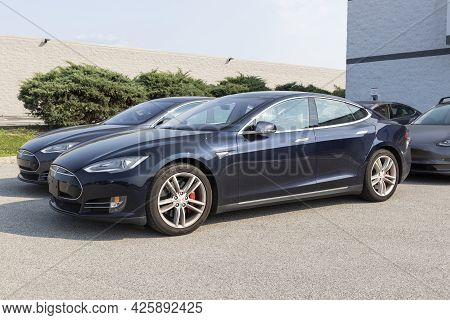 Indianapolis - Circa July 2021: Tesla Electric Vehicles On Display. Tesla Products Include Electric