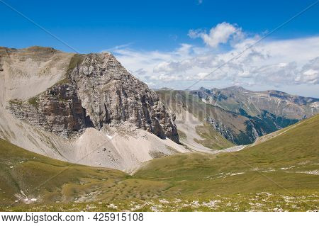 Beautiful Landscape Summit Of Mount Vettore, One Of The Highest Peaks Of The Apennines With Its 2,47