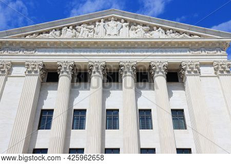 Supreme Court, Landmark Building In Washington Dc, Usa.