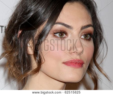 LOS ANGELES - MAR 29:  Phoebe Tonkin at the Humane Society Of The United States 60th Anniversary Gala at Beverly Hilton Hotel on March 29, 2014 in Beverly Hills, CA