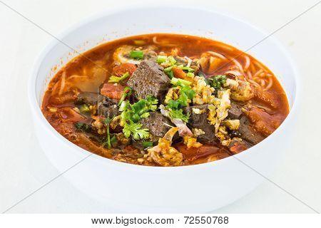 Thai Noodles Or Kanomsen On Whiteplate, Chiangmai Thailand