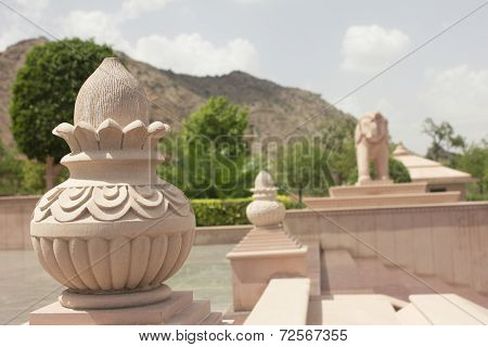 Statue Of Pot And Elephant In Jain Temple
