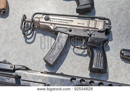 Czech Firearms. Submachine Gun Skorpion