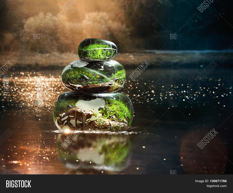 Image Et Photo De Transparent Essai Gratuit Bigstock